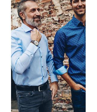 FORMEN stijlvol hemd met lichtblauwe ruit
