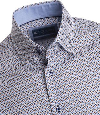 FORMEN overhemd met golvende print in blauw en bruin op witte achtergrond