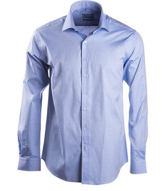 FORMEN Lichtblauw hemd in luxe 2-ply katoen met Italiaanse kraag - Regular fit