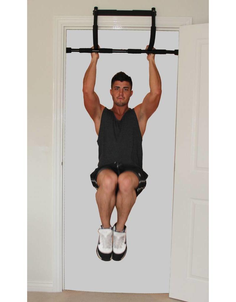 FITNESS MAD Universal Luxe Training Bar multi functionele pull push up doorway chinning bar Zwart