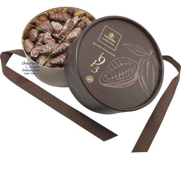 Leonidas Gift box 'Dora' Seashells 800g (1,76lb)
