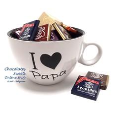 White Mug 'I love Papa' Napolitains 250g