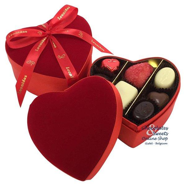 Leonidas Velvet heart with 2 layers of chocolates