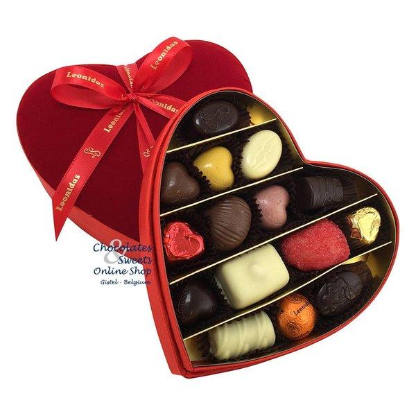 Leonidas Velvet heart (M) wiht chocolates