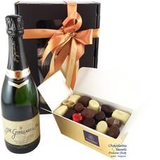 750g Pralinen und Flasche Champagne