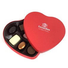 Leonidas Heart tin 9 chocolates