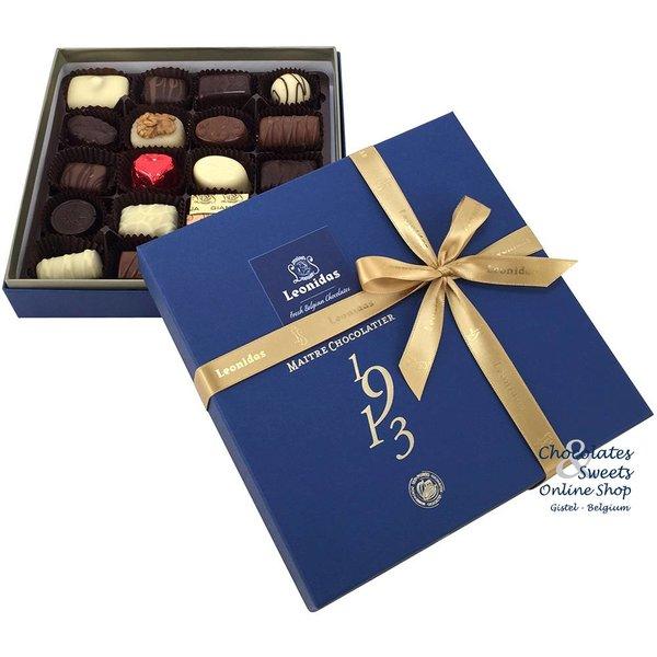 Leonidas Santiago (blue) with 20 Chocolates