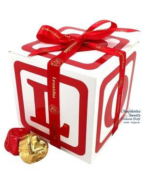 Leonidas Cube 'LOVE' 400g chocolates (hearts)