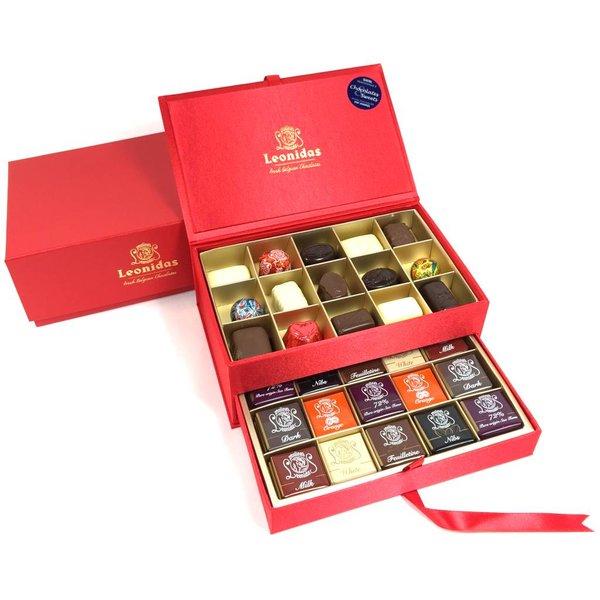 Leonidas Red Luxury velvet box