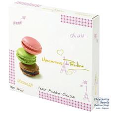 9 Macarons: fraise, pistache et chocolat