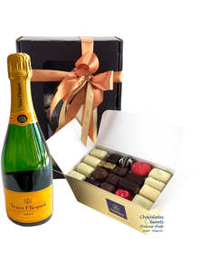 1kg Chocolates and Champagne Veuve Clicquot