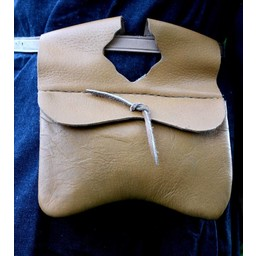 Bag with short flap