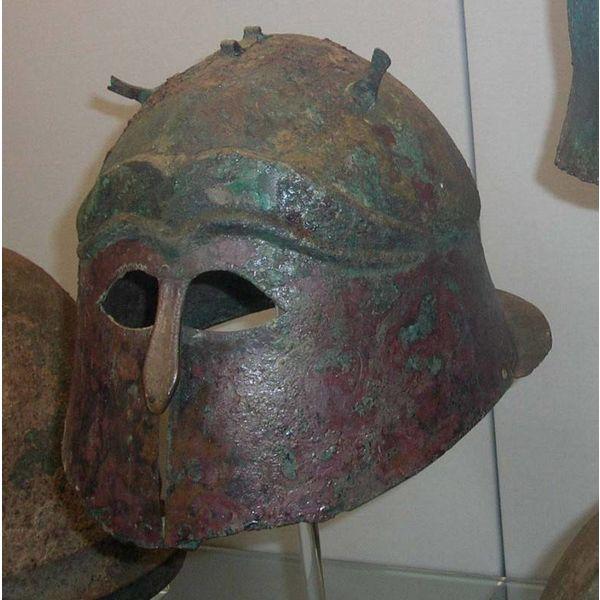 Apulo-Corinthic helmet