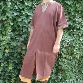 Leonardo Carbone Celtic tunic, short sleeves, chestnut brown