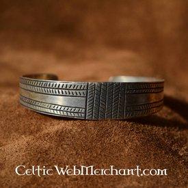 Gotland bracelet bronze