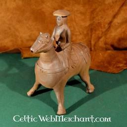 14th century aquamanile hunting