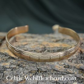 Styled Celtic bracelet