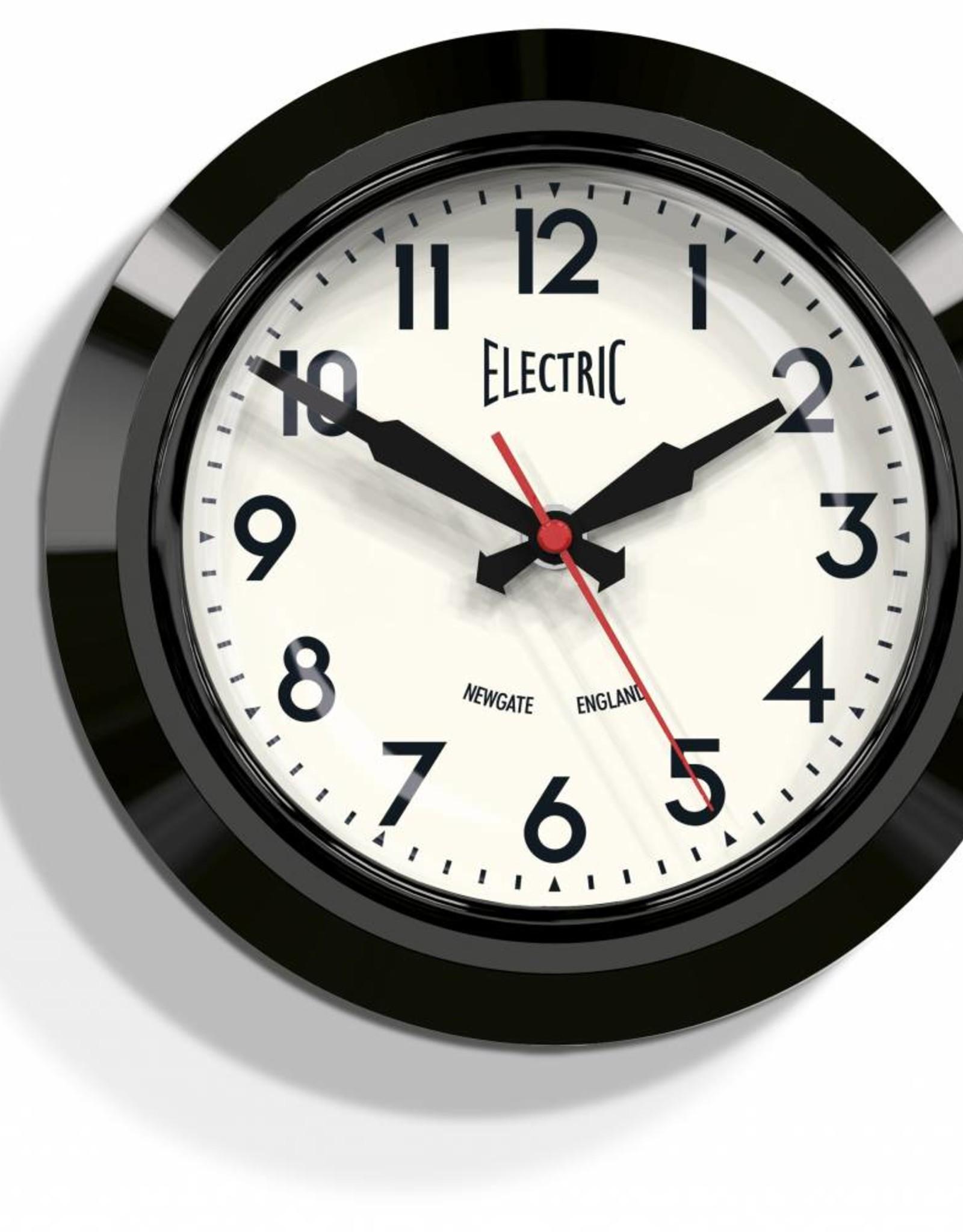"""Newgate Small """"Electric"""" - wandklok - Zwart"""