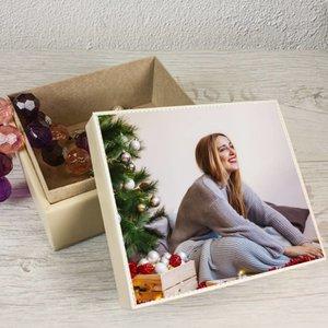 Boîte à bijoux en skai noir avec photo et texte