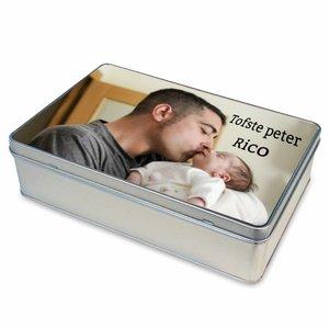 Boîte en étain avec photo