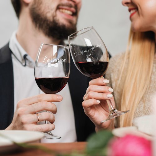 Coffret Cadeau Vin Rouge avec verres gravés