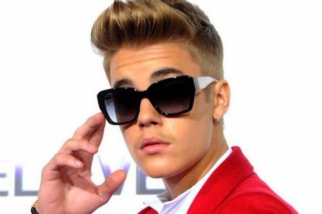 De meest gevraagde tienersterren en hun zonnebrillen
