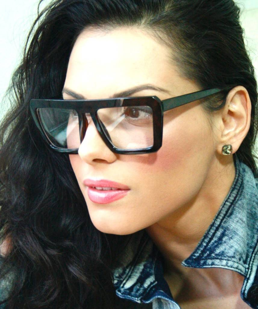 """""""Nerd"""" zonnebrillen zijn een hot item"""