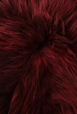 Langharig bordeaux rood schapenvacht