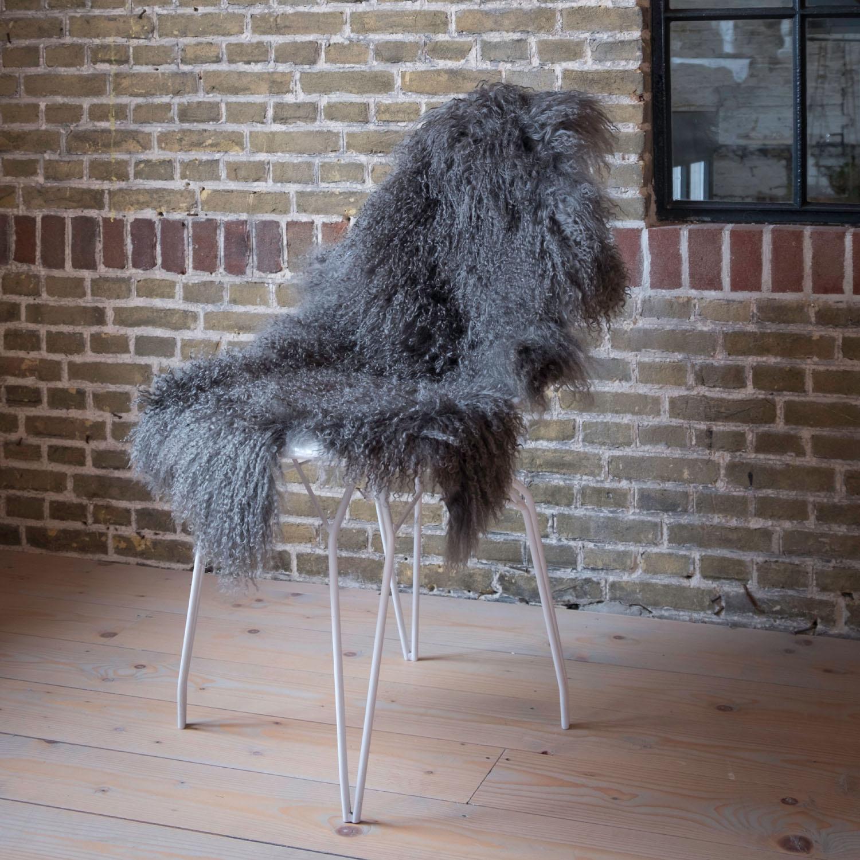 testVan Buren Schapenvacht grijs Tibetaans met gekrulde lange haren