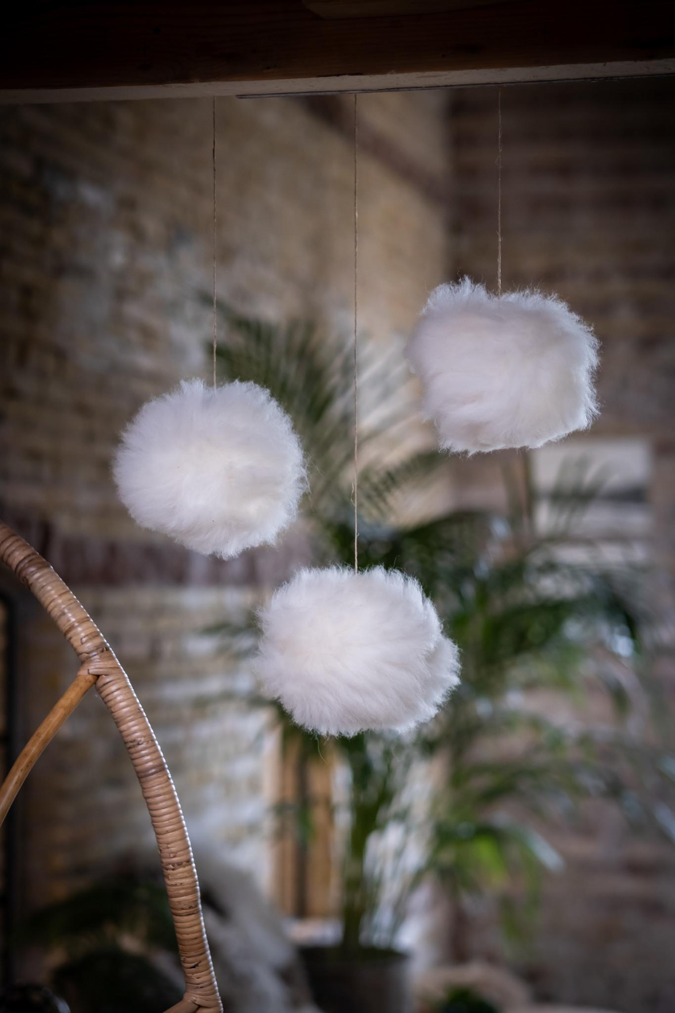 Van Buren Decoratieve sneeuwballen van schapenvacht
