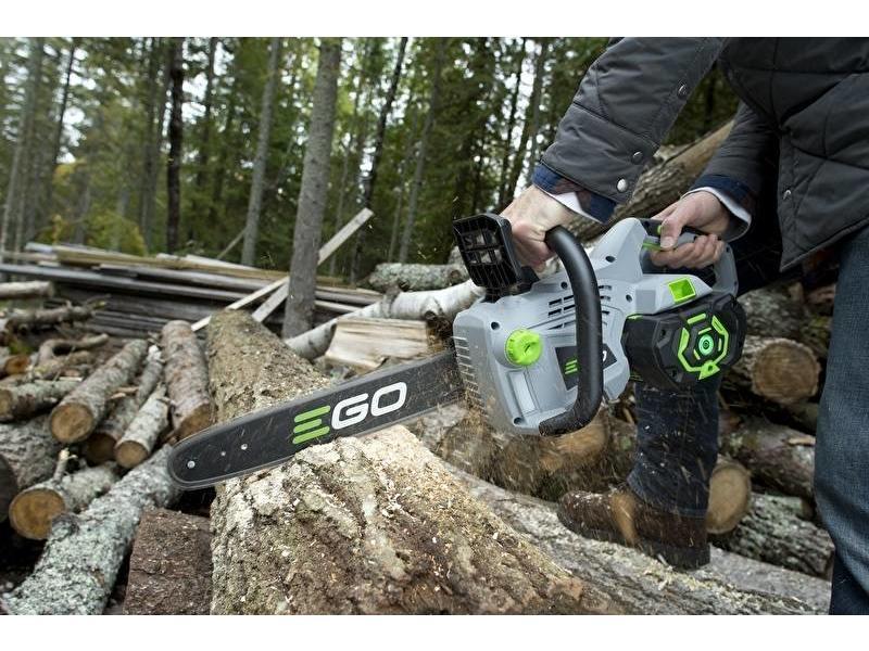 Aanbieding! EGO CS1401 kettingzaag + EGO LB4800E bladblazer + acculader + accu