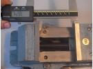 Emco 84mm Maschinenschraubstock und Drehbarer Untersatz
