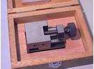 Verkauft:  Mitutoyo 930-611 Präzisions-Schraubstock mit Gewindespindel