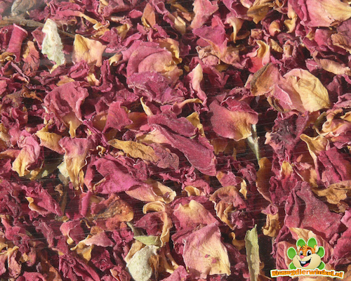Rote Rosenblätter 100g