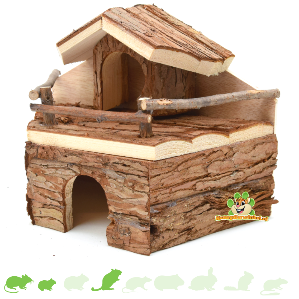 Wooden House against the wall 22 cm