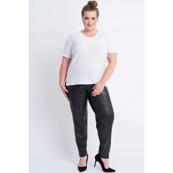 Magna Fashion Broek D7003 LEATHERLOOK