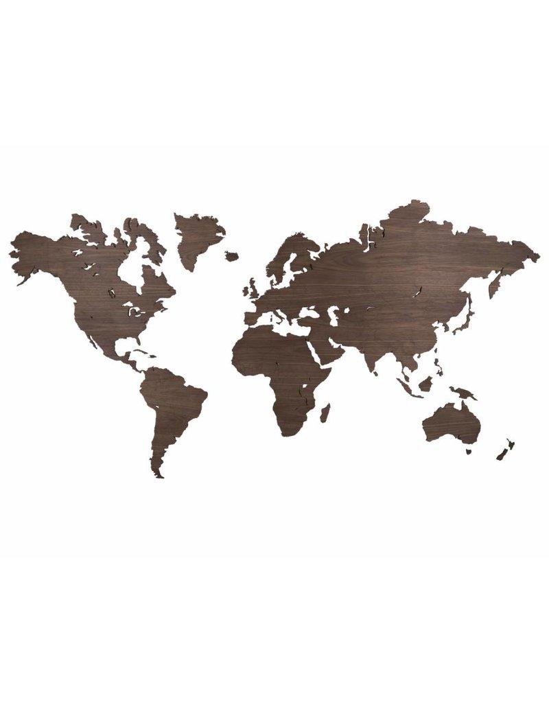 City Shapes Noten houten wereldkaart met ingegraveerde landgrenzen. 216 cm x 117 cm