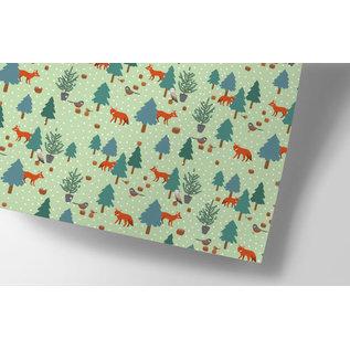 cc725   crissXcross   Christmas Wood - Geschenkpapier Bogen 50 x 70 cm