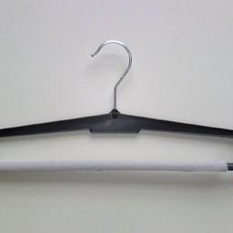 Hanger HW23 alles/broekhanger 41cm zwart