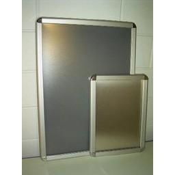 Klik-lijst 70x100 cm ALU-klap 32mm Rondo