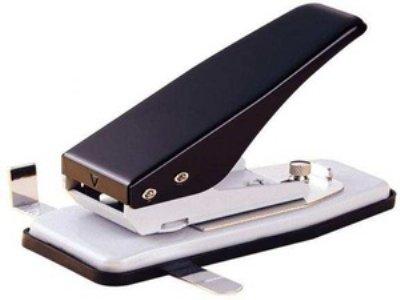 Euroloch perforator. Afmetingen Euroloch: 32 x 6,5 x 9mm. Capaciteit: 1,8mm papier of 1 mm kunststof.Voorzien van verstelbare zij-aanslag 10 mm - 15,2 mm. Adjustable Euro-Hole punch - Warrior. Eurolock. Eurosleuf.