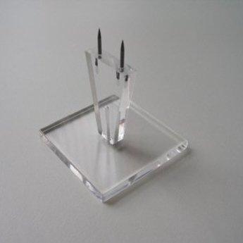 Acryl-hakstandaard - prikker hoog 100 mm