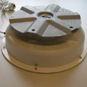 Draaiplateau met maximaal draagvermogen van  50 kg aansluiting op 220V, diameter 225mm hoogte 100mm, draaisnelheid 2,5 omwentelingen per minuut.<br /> <br /> Data<br /> <br />     Max. centrical load: 50 kg<br />     Turn plate: