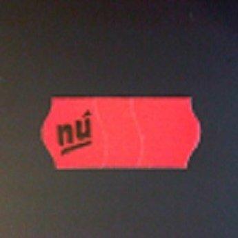 Etiket 26x12 golfrand fluor rood afneembaar met antidiefstalstanzing/veiligheidsstansing/security cuts/anti-diefstal bedrukt >>  NU  <<  54.000 etiketten. (36 rollen
