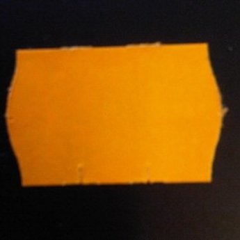 Etiket 2616 fluor oranje permanent 2-slit golfrand  39.600 etiketten ( 36 rollen