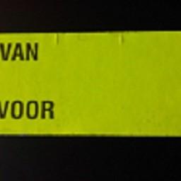 Etiket 3719 fluor geel afneembr Van Voor