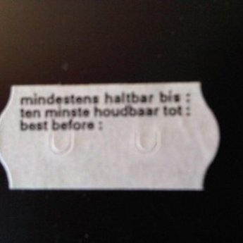 Etiket 26x12 golfrand wit diepvries bedrukt >>  Tenminste houdbaar tot:   << 2-sl  54.000  (=36 rollen a 1500 etiketten) Gommering / kleefkracht 5
