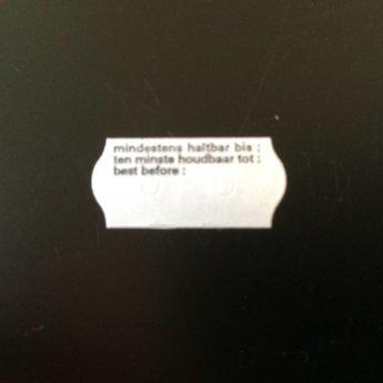 Etiket 26x12 golfrand wit diepvries bedrukt >> Mind.h.b. / THT / Best before << 2-sl 54.000 (=36 rollen a 1500 etiketten) Gommering / kleefkracht 5