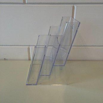 Folderstandaard met 3 vakken schuin boven elkaar elk voor het formaat 148x210 mm