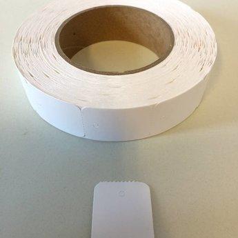 Hangetiket op rol 30x40 mm blanco onbedrukt 1000 per rol, wel ponsgaatje, en geen perforatie in kaartje